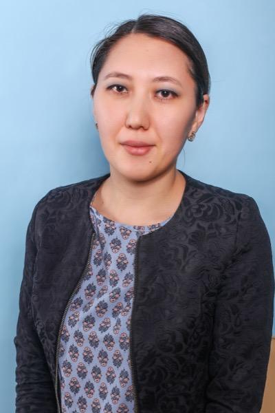 Амренова Алима Беккуловна учитель иностранного языка