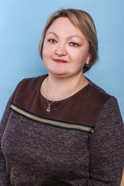 Кузнечевская Елена Юрьевна инспектор по кадрам