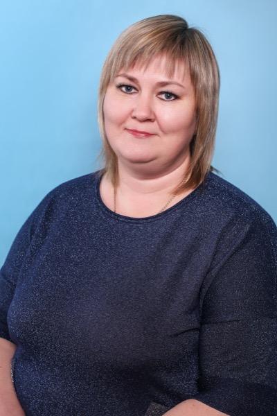 Офицерова Анастасия Владимировна главный бухгалтер